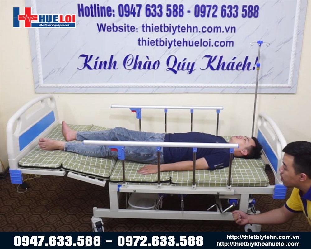 giường y tế đa năng hạ chân to