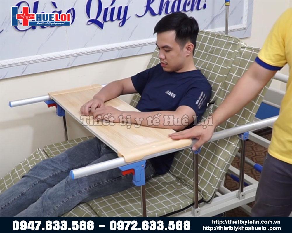 giường y tế nâng hạ chân góc to